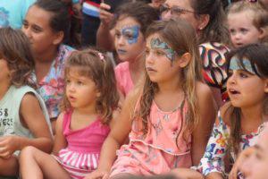 Circo Mágico na Praia do Rosa, Circo Mágico do Bem: espetáculo resgata tradição circense e cultura local, na Praia do Rosa, Virada Mágica, Virada Mágica
